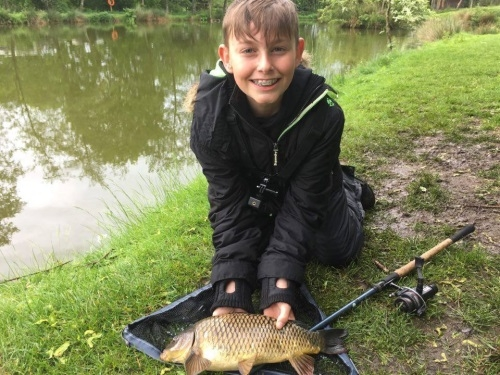 Coarse Fishing Holidays Blackland Lakes - Calne, Wiltshire