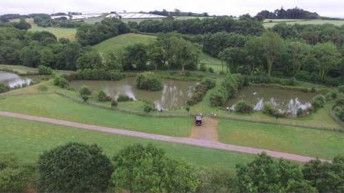 Coarse Lakes Riverside Camping and Caravan Park - Devon
