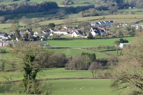 Courtmoor Farm Fishing Breaks - Honiton, Devon