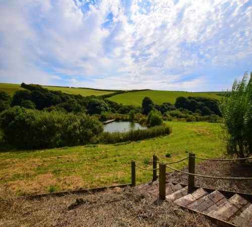 Lakeside Lodges - Stay in Cornwall
