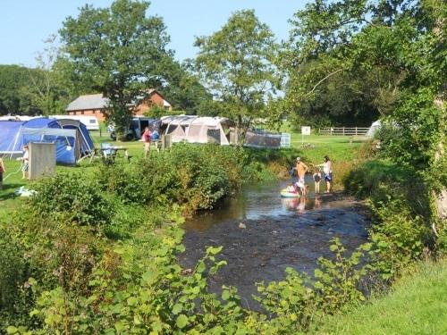 River Fishing & onsite Coarse Lakes Riverside Camping and Caravan Park - Devon