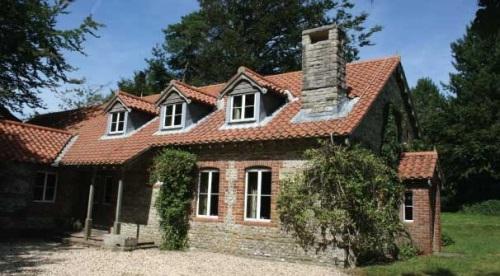 Shooting Lodge Wrackleford Estate- Dorset
