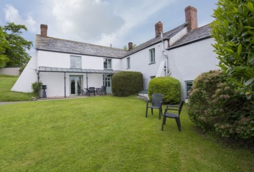 The Farmhouse - Yeomadon Farm, Holsworthy Devon