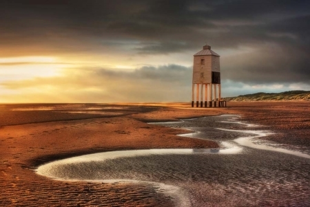 Nearby light house near Burnham-On-Sea Holiday Park Somerset